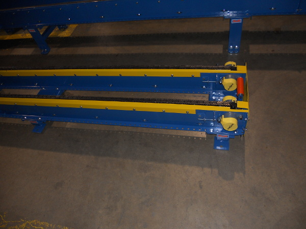 Two Strand Drag Chain Conveyor