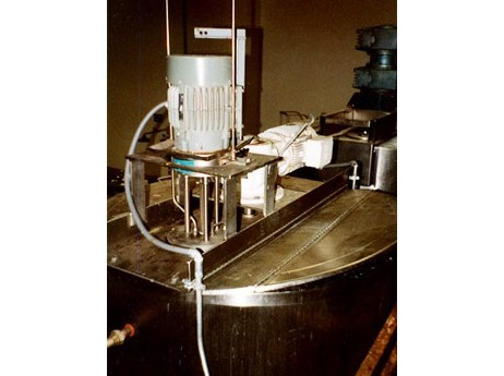 High Shear Mixer with Agitator