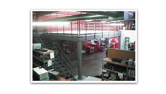 Industrial Steel Warehouse Mezzanine