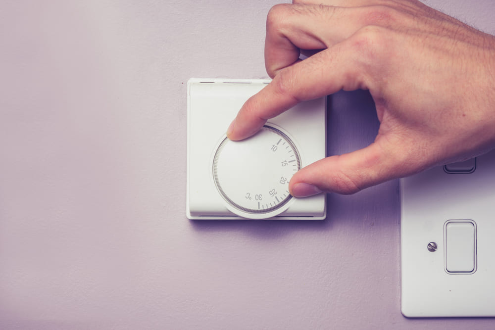 How Do Thermostats Work?
