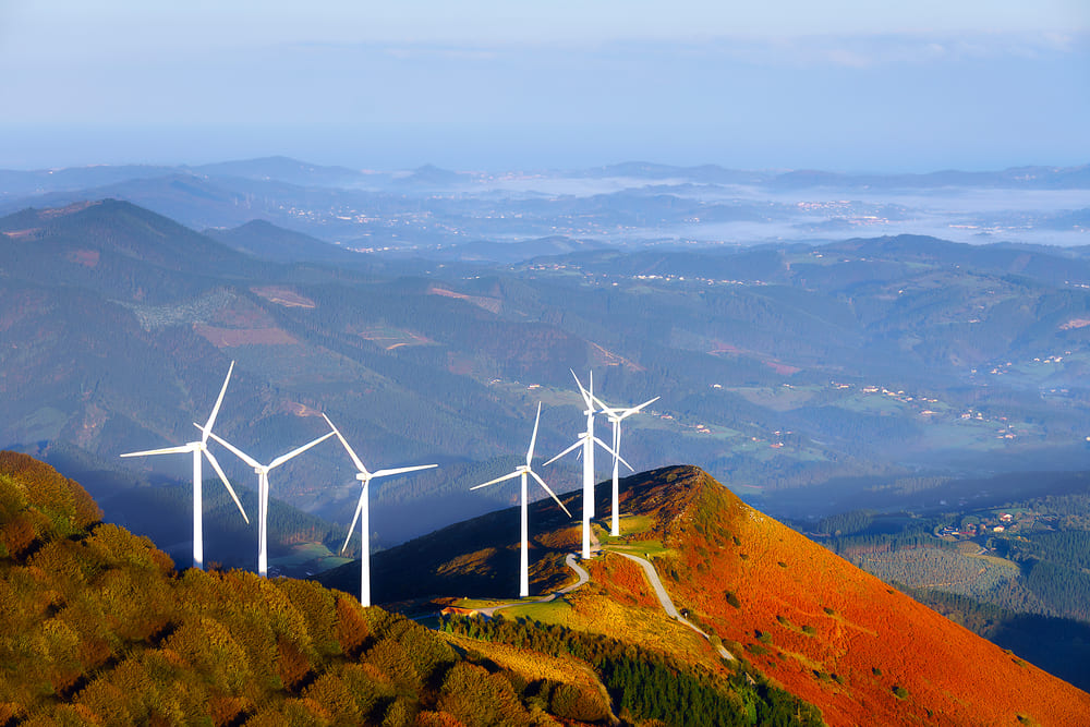 The Enormous Benefits of Wind Energy/Wind Turbines